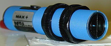 Fotocell M18 mot reflektor, NO, 300cm, 24-240VAC triac