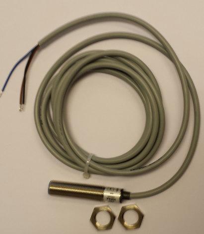 Induktiv givare M12, PNP NO, känselavstånd 2mm, 10-30VDC